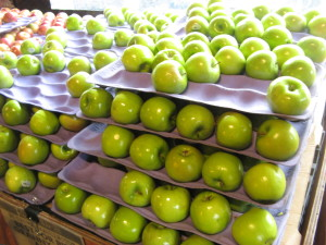organic, green apples, store