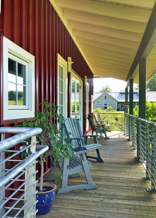 Free photograph; porch, house, outside, building