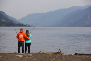 pêcheurs, pêcheur, jeune couple, la pêche