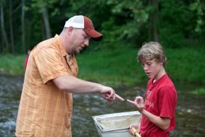 boy, student, learns, macroinvertebrates