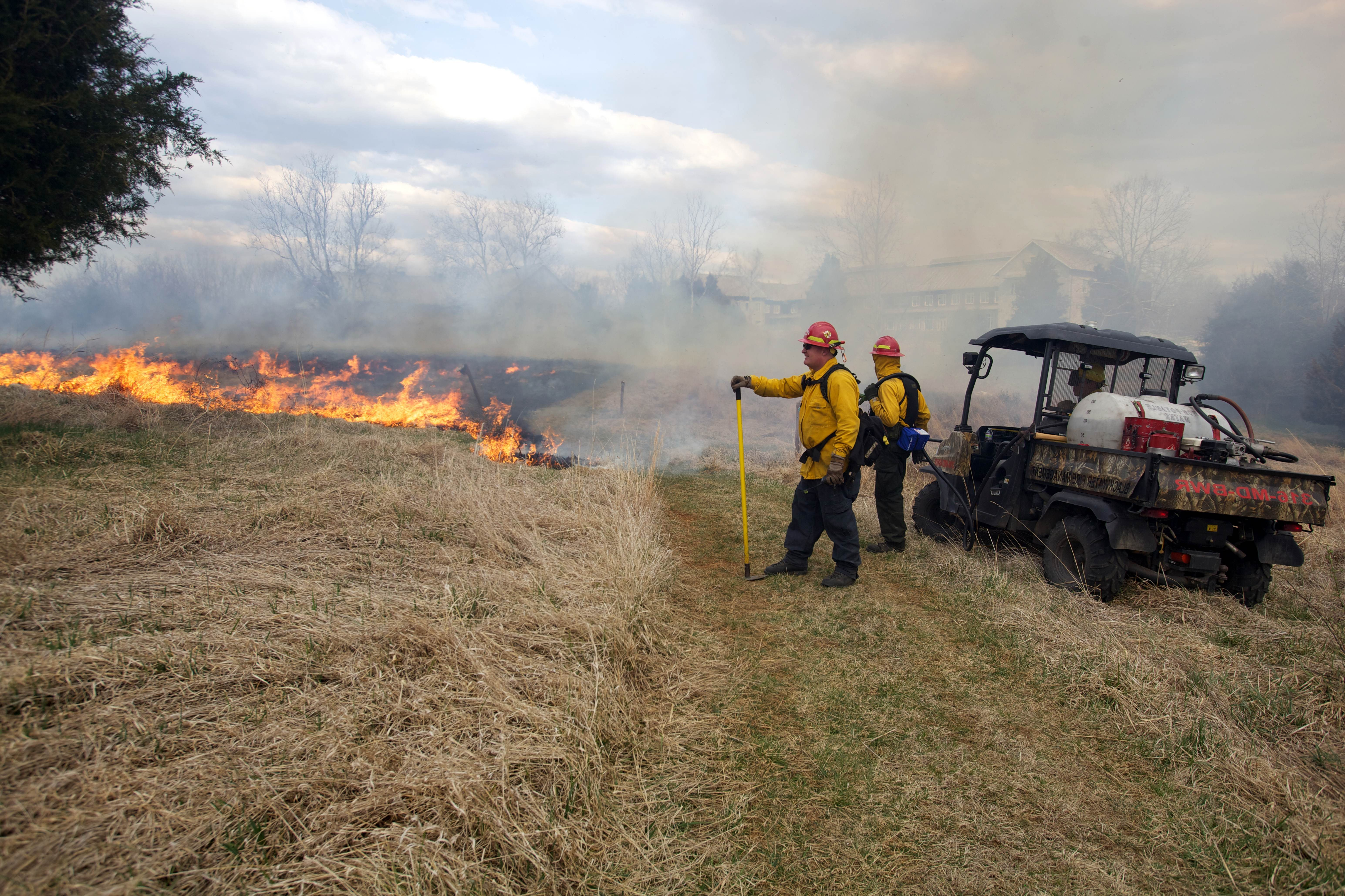 Free photograph; firefighters, near, fire