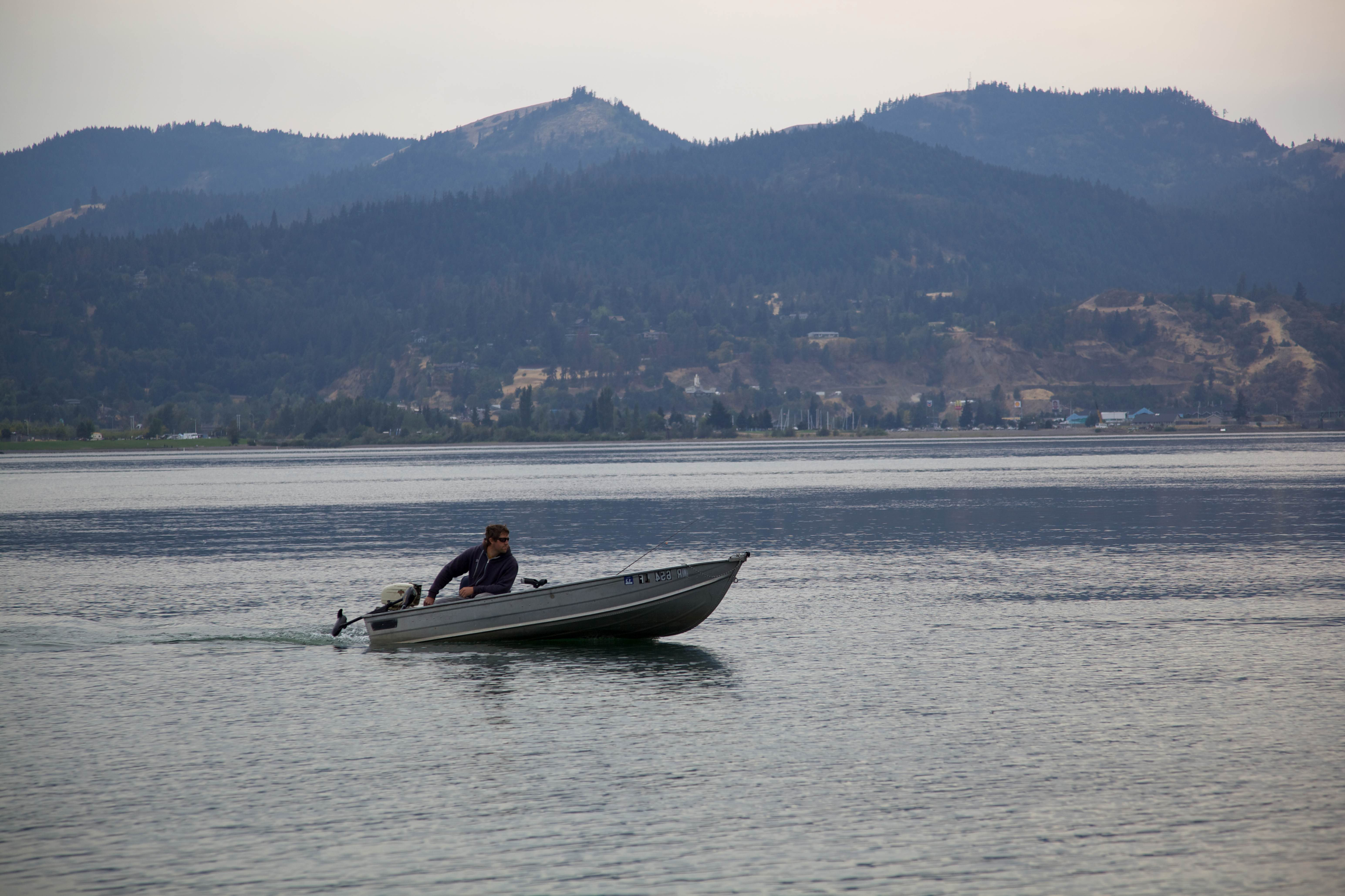 Free photograph; recreational, boating