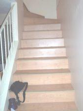 stepenice, kuće interijera, drvene stepenice