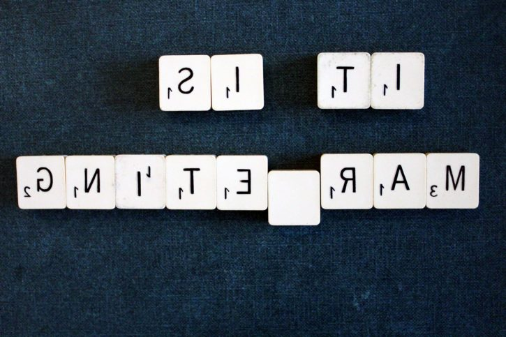 texto hacia atrás, alfabeto, deletrear al revés, palabras