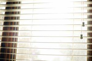 vinduet, Åbn blinds, interiør, dagslys, design
