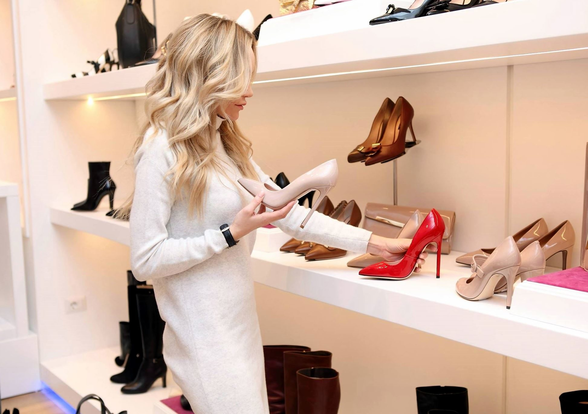 Free picture: boutique, shopping shoes, dress, fashion, footwear, luxury, woman