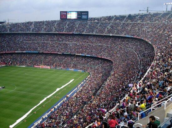 stafion de fútbol, estadio deportivo, gradas, campeonato, el animar, muchedumbre, acontecimiento, campo deportivo