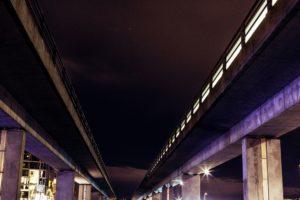 unter der Brücke, Stadt, Lichter, Straße, Architektur