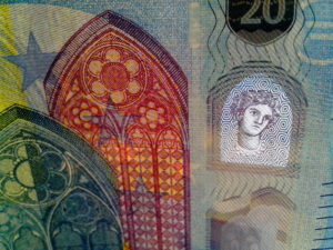 Banknote, transparent paper, watermark protection