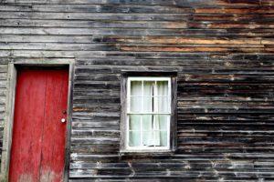 pajta, elhagyatott ház, építészet, piszkos ajtó, külső, családi ház