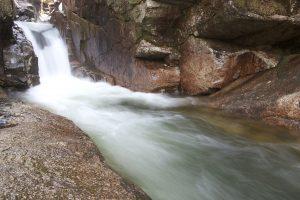cascada, agua rápida, piedras, agua, corriente, rocas