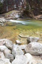 nehir girdap, akarsu, dere, büyük kayalar