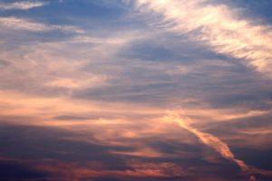 céu roxo, cor de céu, nuvens, céu