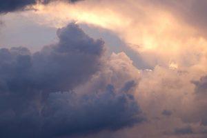 nuvens rosadas