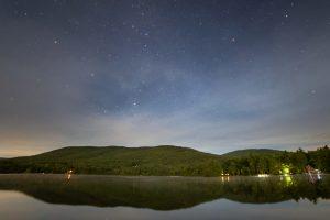 reflexo de lago, estrelas, noite, nuvens, montanhas, água
