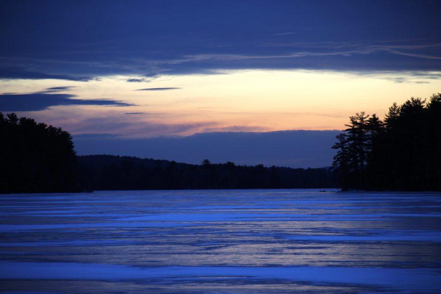 lago congelado, hielo azul, noche, invierno, hielo, nubes