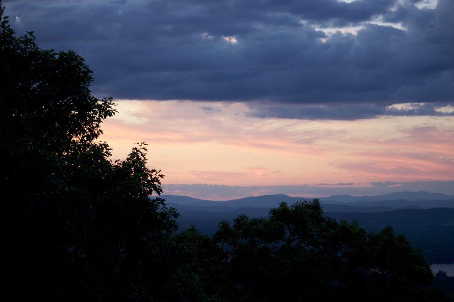 noć, oblaci, drveće, planine, jezera