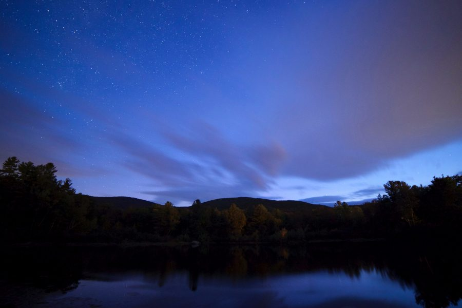 mist nachthemel, sterren, nacht, bomen, wolken, water
