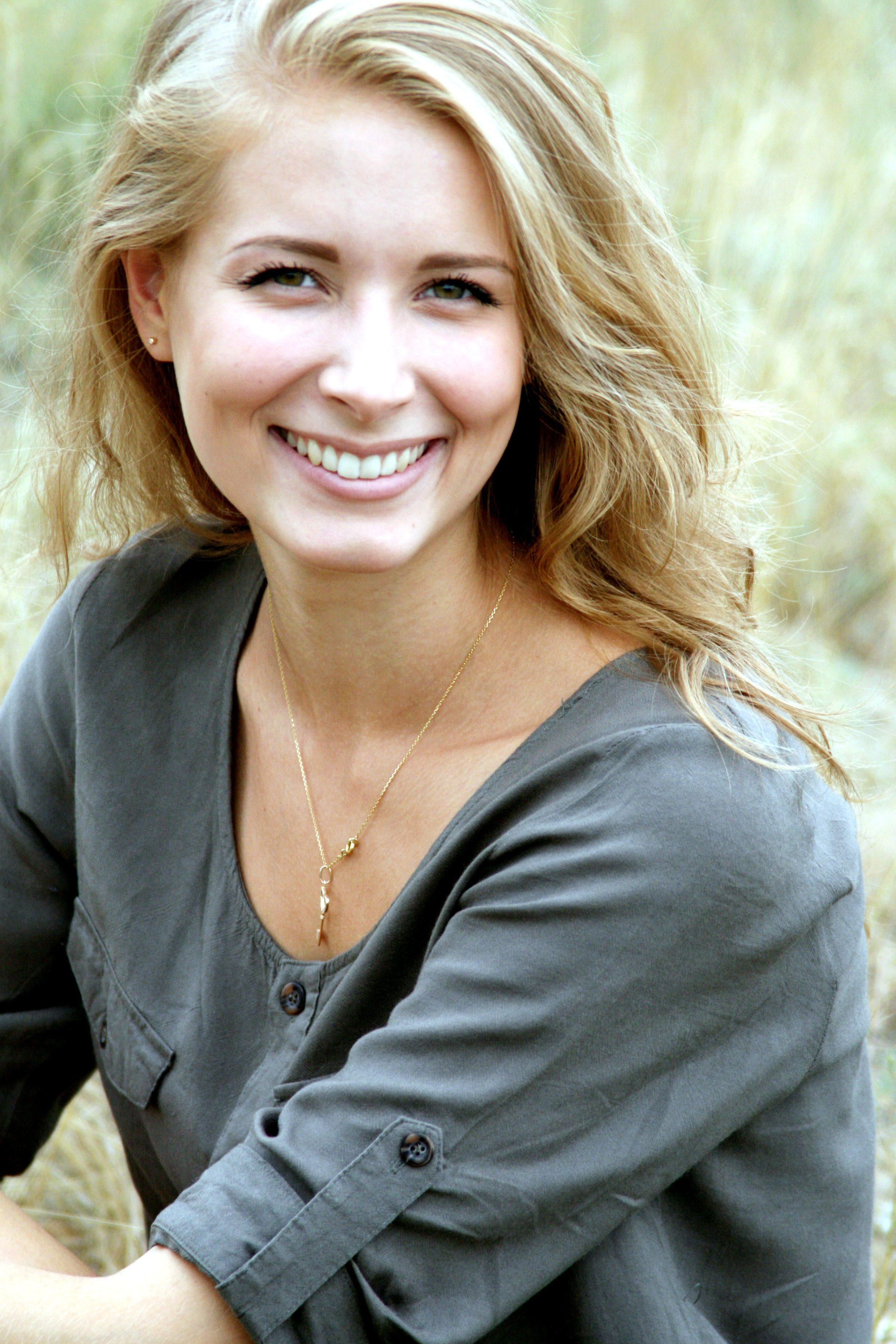 Kostenlose Bild: hübsche junge Frau, Lächeln, Portrait, blonde Haare