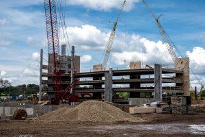 будівництво, крани будівельно-монтажні