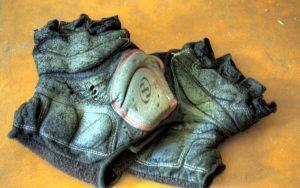 stare rukavice