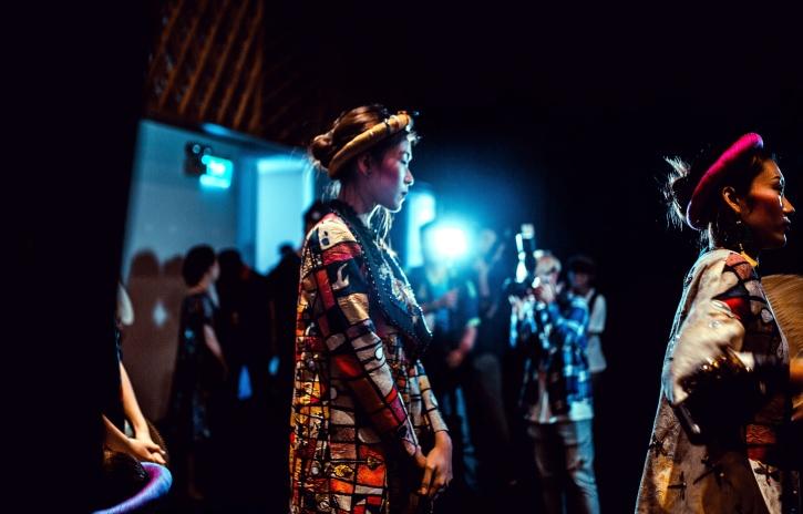 žene, model, kostim, festivalska pozornica