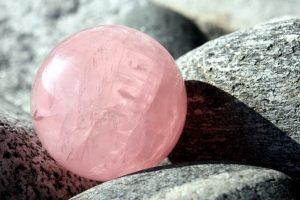 pink quartz stone