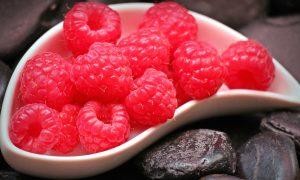framboesa vermelha, fruta, bacia cerâmica, vitaminas