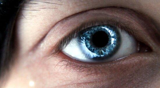 occhio blu, faccia
