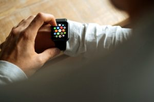 uomo, orologio da polso, la tecnologia, la piattaforma Android