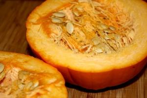 pumpkin cut half, pumpkin seeds