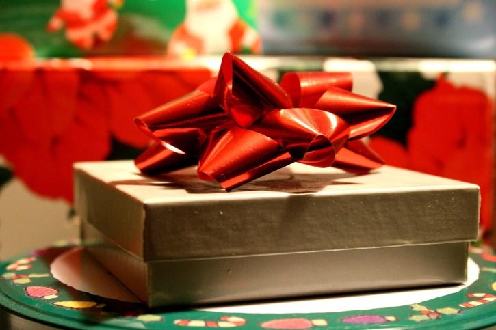 Noël présent, cadeau, papier d'emballage, boîte