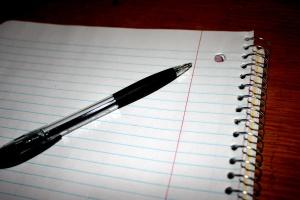 caderno, caneta