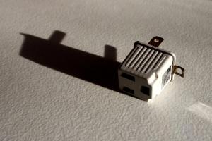 prong converter plug