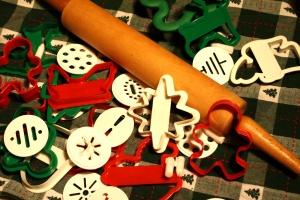 точилка, бисквитка, пластмасови ножове