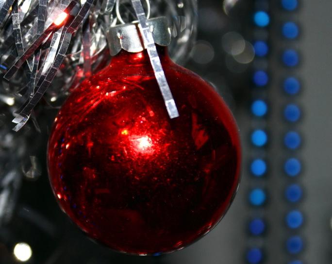 ornement de Noël, boule rouge, décoration