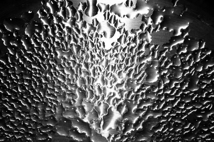 voda pada, brušeni čelik, nehrđajući čelik