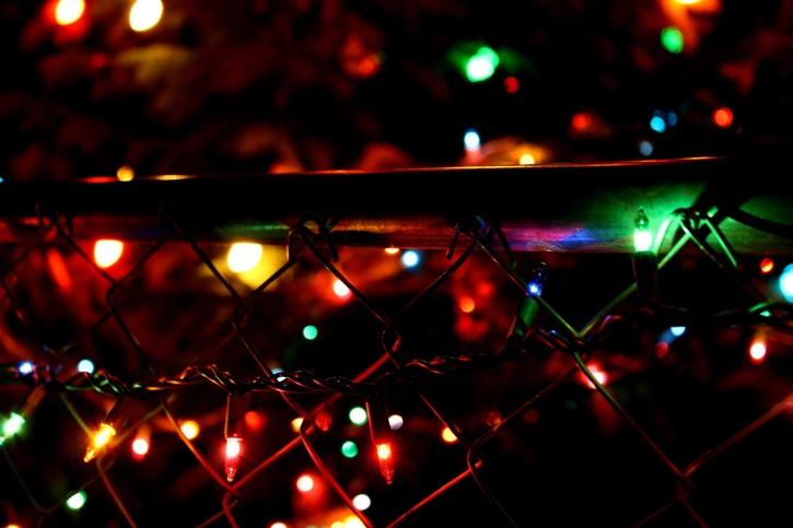 La decoración de Navidad, oranments, luces, noche