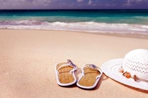 flip-flops, shoes, hat, ocean, sand, sea