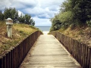 grm, grmlje, plaže, šetališta, most