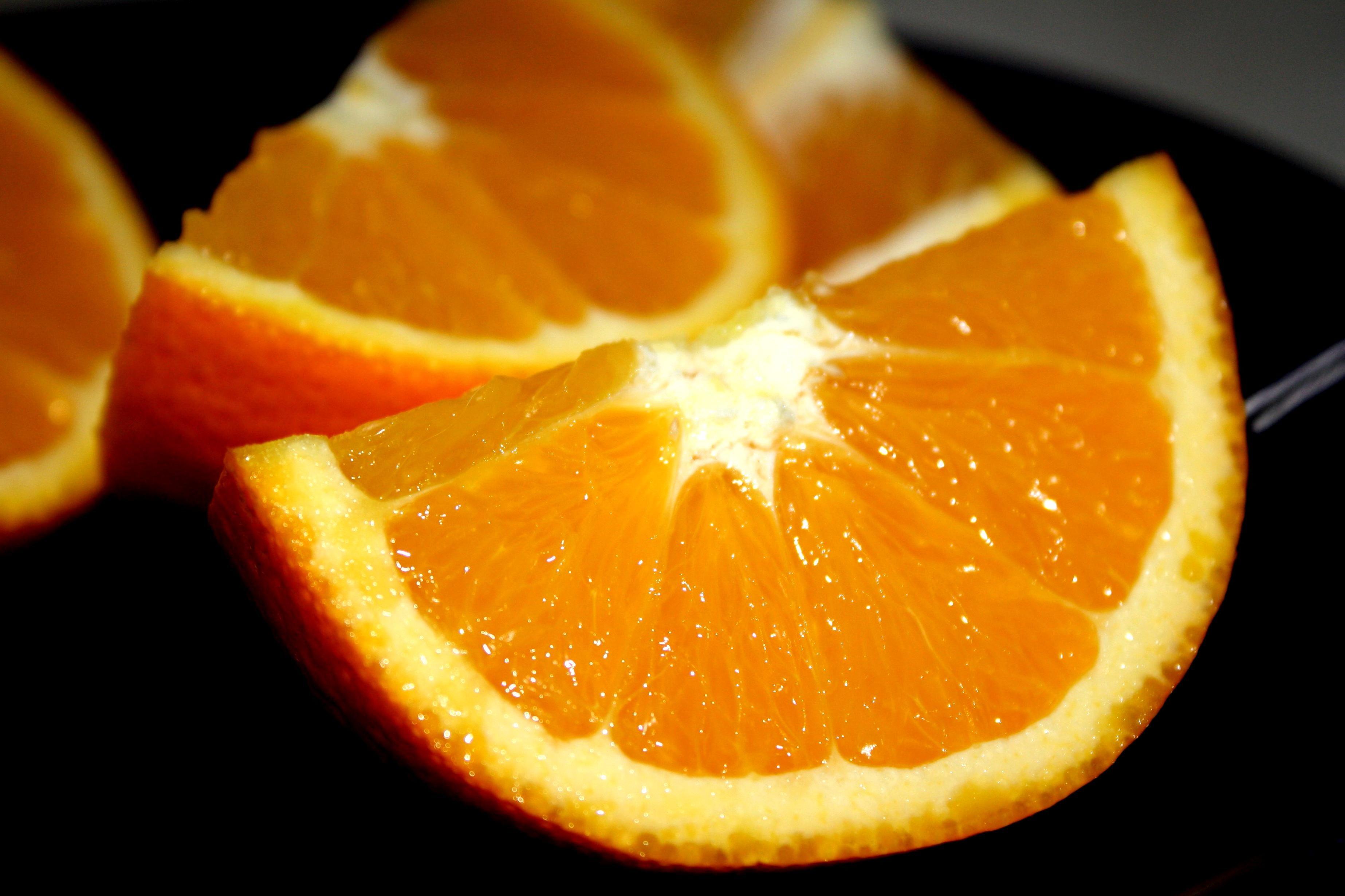 картинка апельсина и дольки апельсина унакит это разновидность