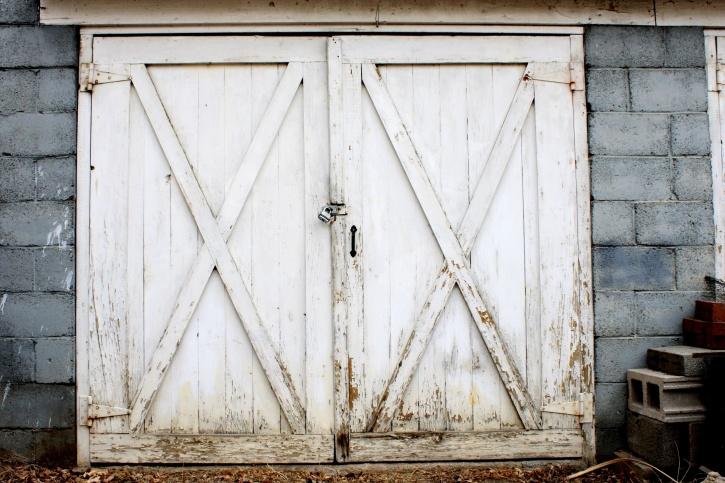 Image Libre Ancienne Porte De Garage Peinture Blanche Extrieur
