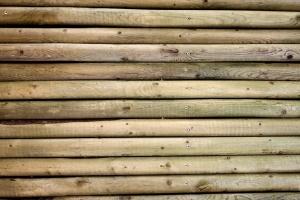 drvene stupove, tekstura