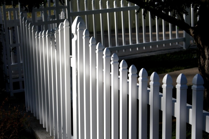 white, picket fence, wooden fence, backyard, exterior