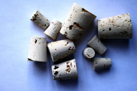 cork, wooden stoppers