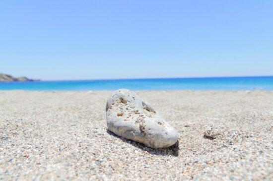 石、ビーチ、砂、青い空、ロック、summert 時間、海