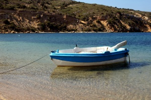 small boat, rowing boat, clear water, summer