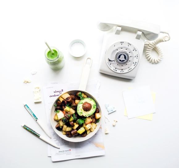 foto gratis: pranzo, ufficio, piatto, posto di lavoro, telefono ... - Pranzo Ufficio Dieta
