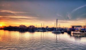 boats, sunset, dusk, ships, sea, evening, apartments, houses, travel, port
