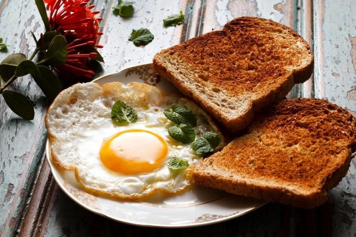 ψωμί, αυγό, Δείπνο, φαγητό, πρωινό, τραπέζι κουζίνας, Πλάκα, διατροφή